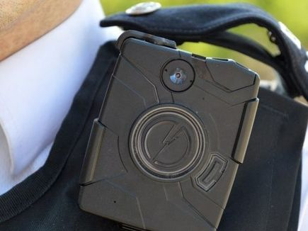 London To Equip Police With 20,000 Body Cameras by 2016