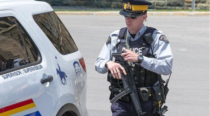MPs Respond To RCMP Carrying SMGs on Parliament Hill