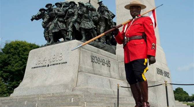 RCMP Stands Sentry At National War Memorial To Honour Victoria Cross Winner