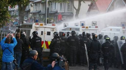 Water Cannon Protected Officers In Ulster Rioting, Should Rioters Pay For The Water?